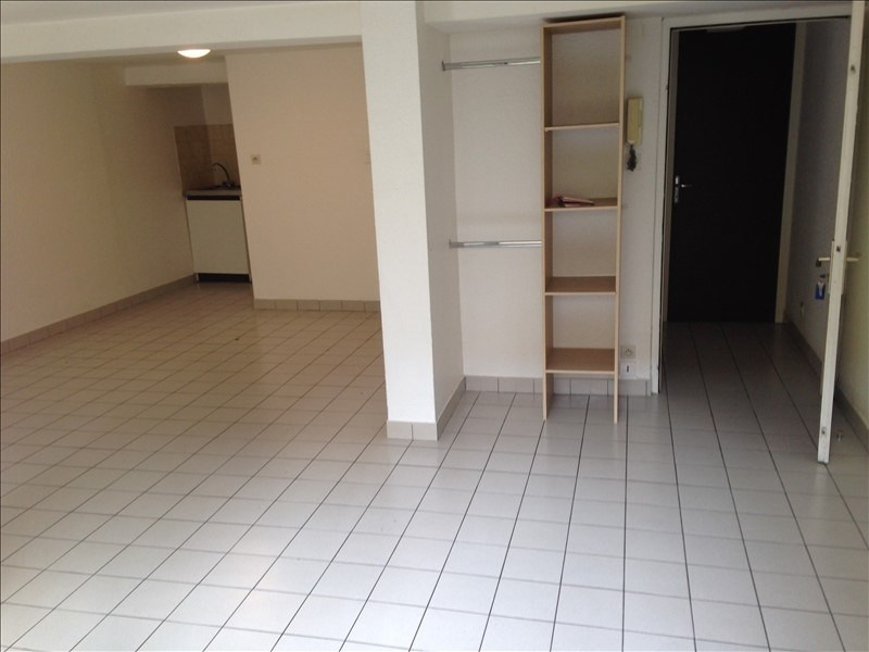 Rental apartment Poitiers 371€ CC - Picture 3