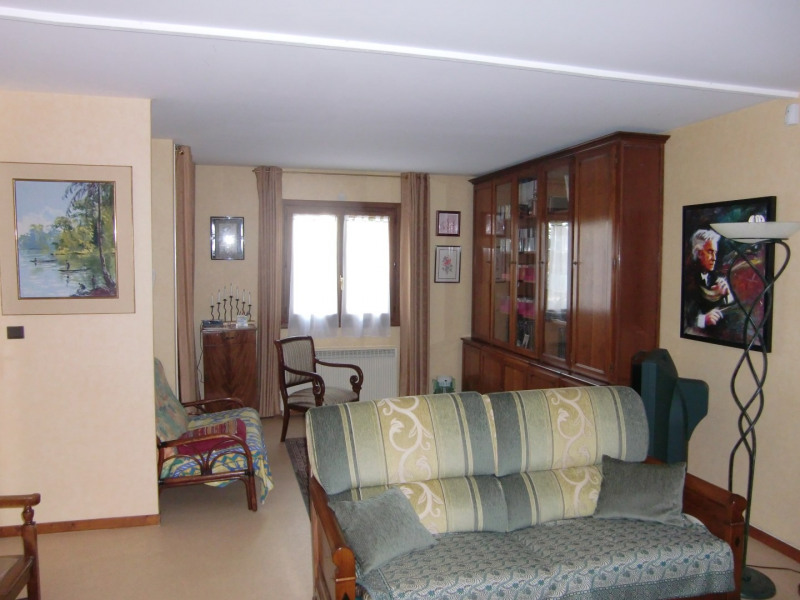 Sale house / villa Montlhery 447 200€ - Picture 2