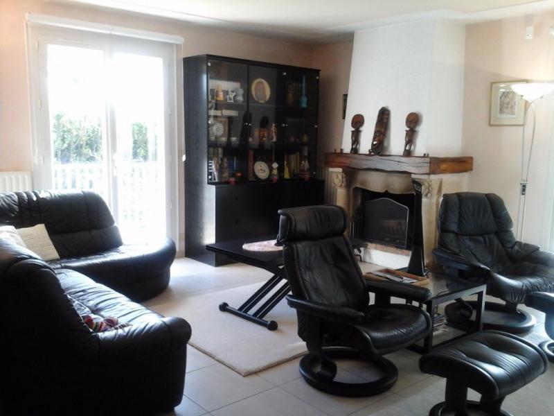 Sale house / villa Mortagne sur sevre 208000€ - Picture 3