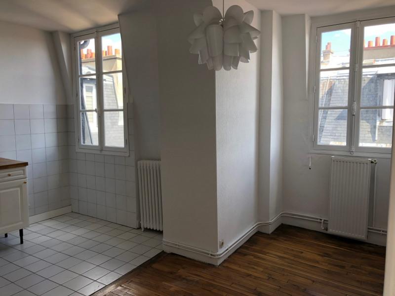Location appartement Paris 14ème 1310€ CC - Photo 2