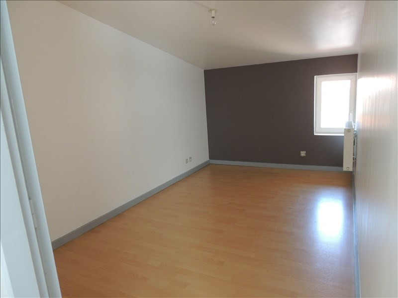 Rental apartment Ste colombe 560€ CC - Picture 3