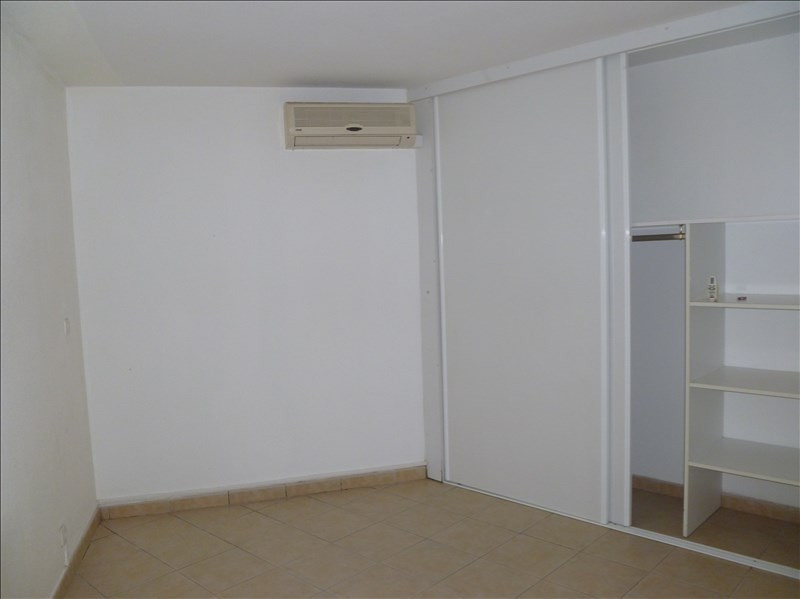 Investment property apartment Baie mahault 129000€ - Picture 3