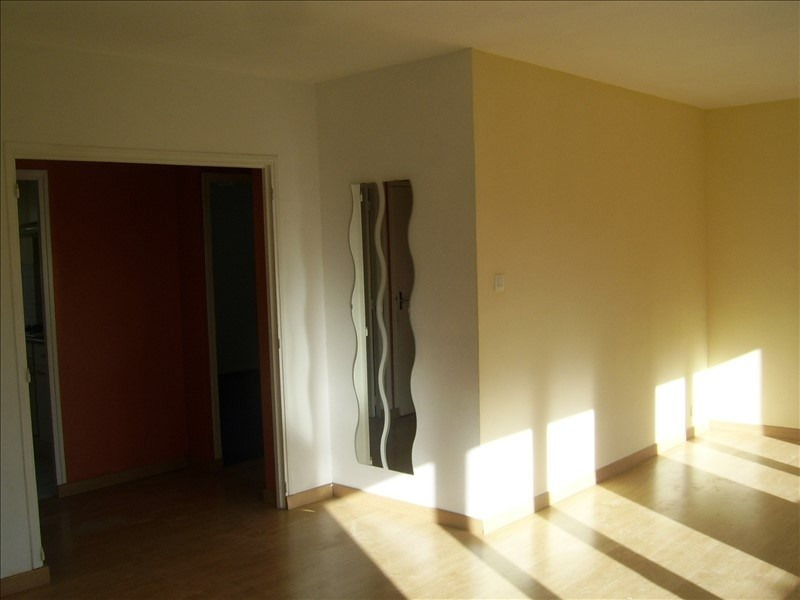 Rental apartment Nimes gare 500€ CC - Picture 2