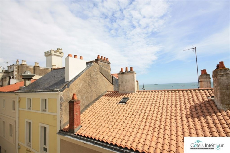 Sale apartment Les sables d olonne 280 800€ - Picture 2