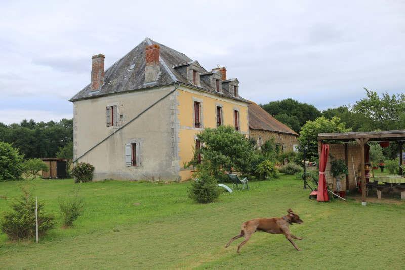 Sale house / villa Chaleix 299000€ - Picture 1