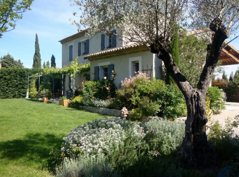 Revenda residencial de prestígio casa Rochefort du gard 625000€ - Fotografia 2