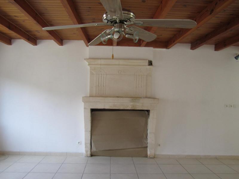 Vente maison / villa Barbezieux saint-hilaire 161200€ - Photo 3