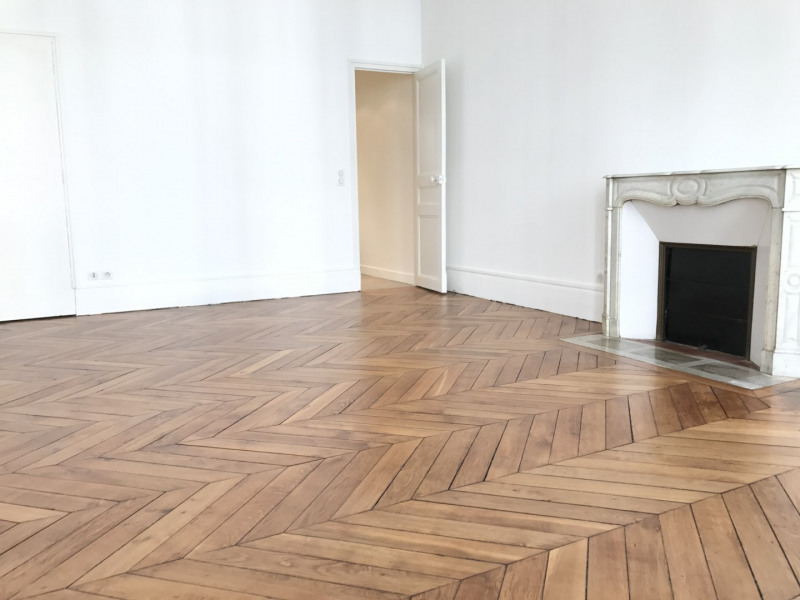 Rental apartment Paris 9ème 4799€ CC - Picture 4