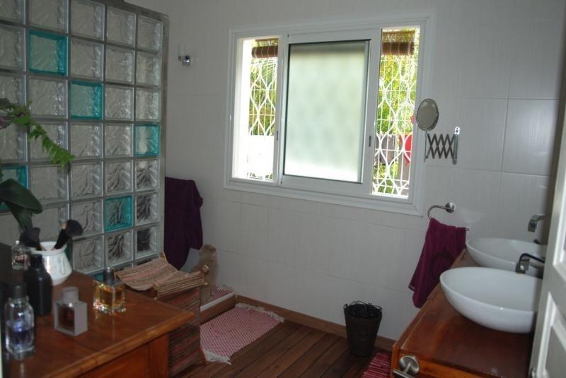 Vente maison / villa St pierre 550000€ - Photo 6