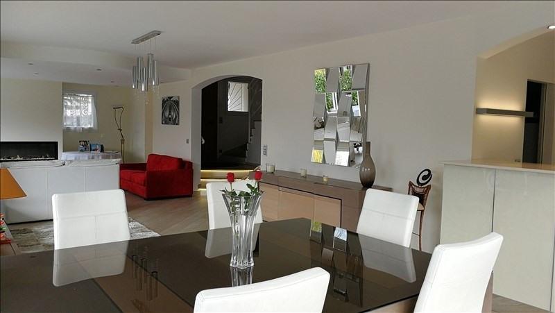 Deluxe sale house / villa Cluses 650000€ - Picture 2