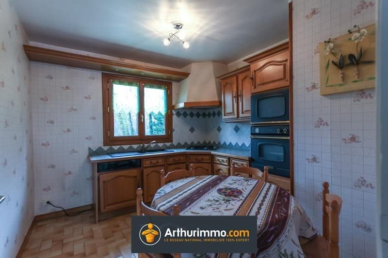 Sale house / villa Morestel 205725€ - Picture 4
