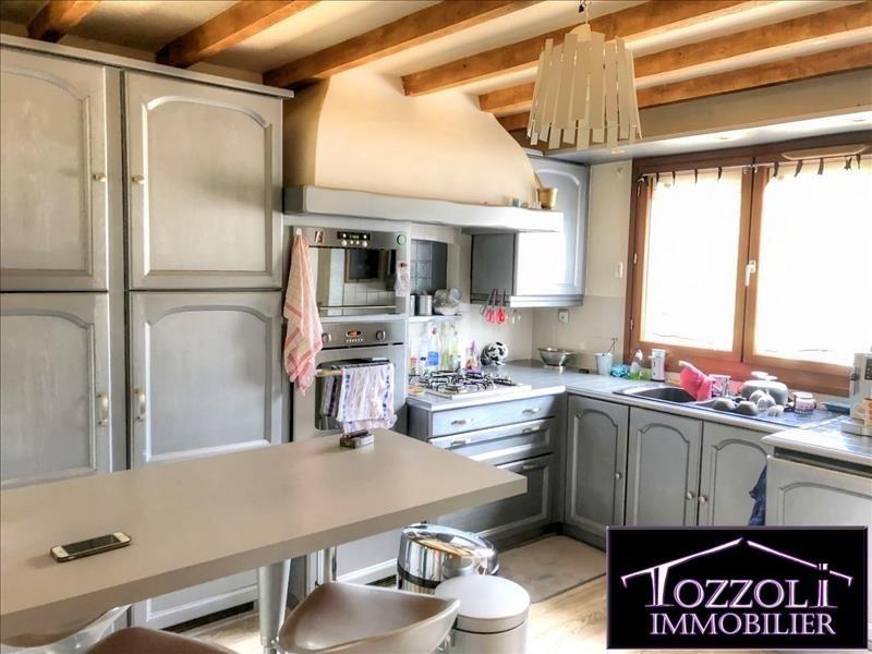 Sale house / villa St quentin fallavier 209900€ - Picture 2