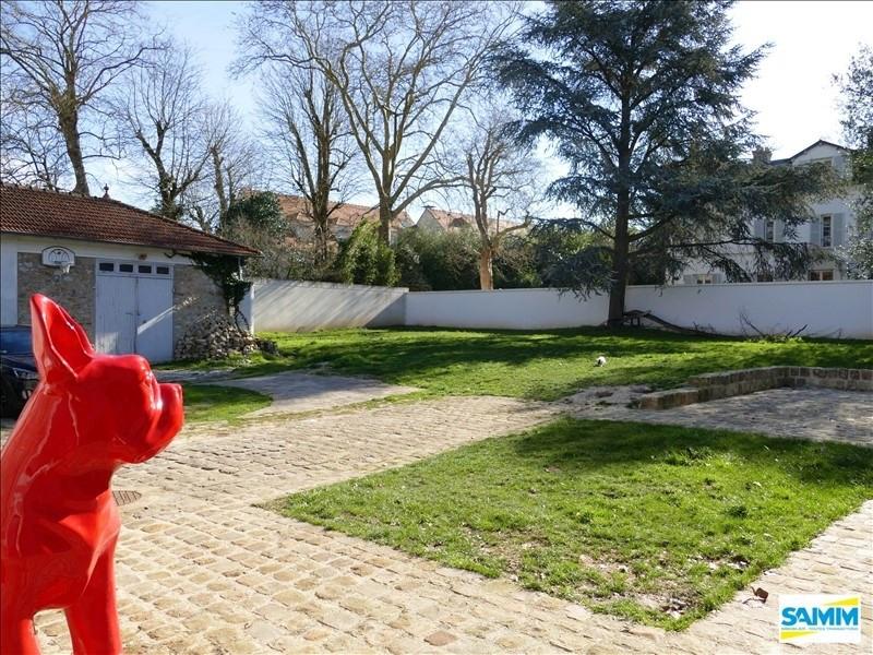 Sale house / villa Mennecy 735000€ - Picture 2
