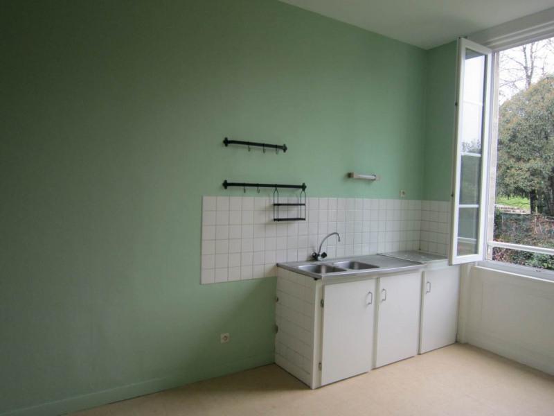Rental apartment Cognac 370€ CC - Picture 2