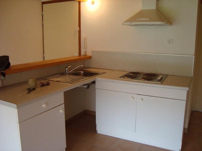 Location appartement Rousset 680€ CC - Photo 2
