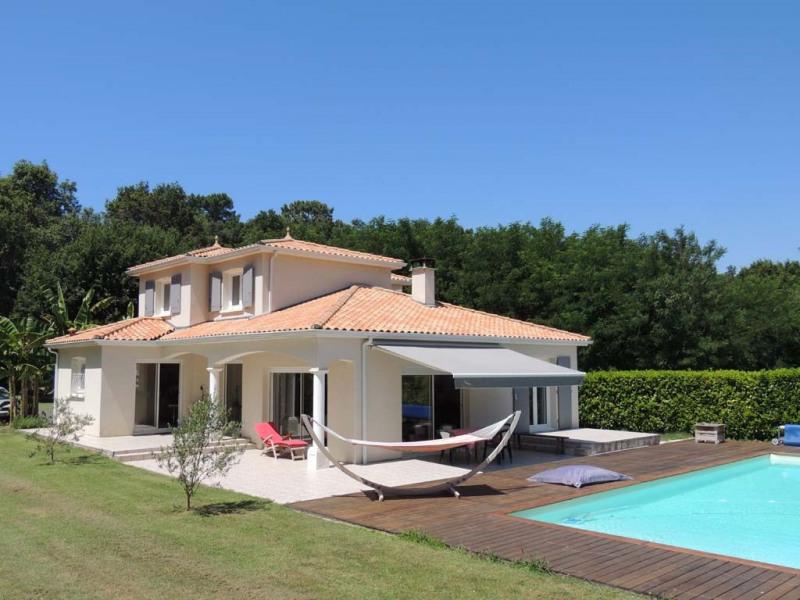 Deluxe sale house / villa Saint-palais-sur-mer 649500€ - Picture 1