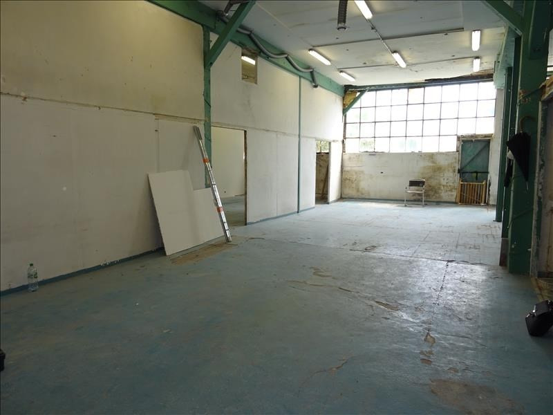 Location local commercial St denis 2 000€ HT/HC - Photo 1