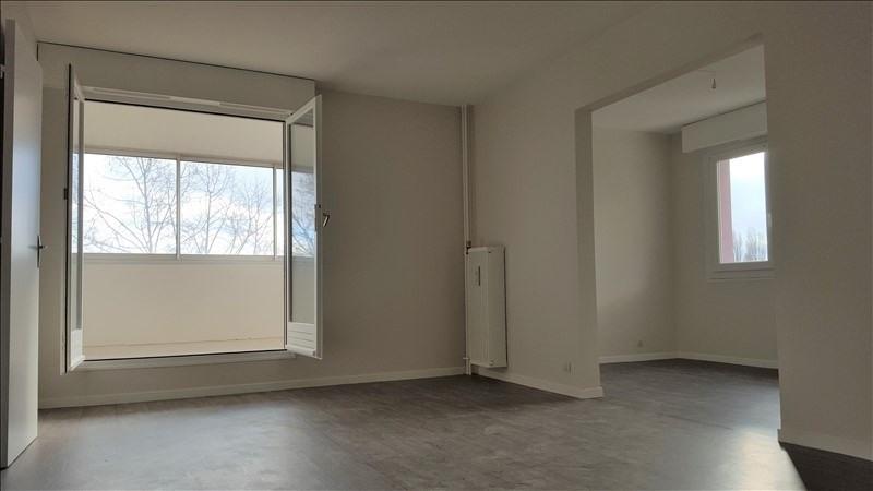Rental apartment Quetigny 810€ CC - Picture 1