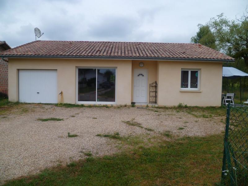 Location maison / villa Saint-morillon 800€ CC - Photo 3