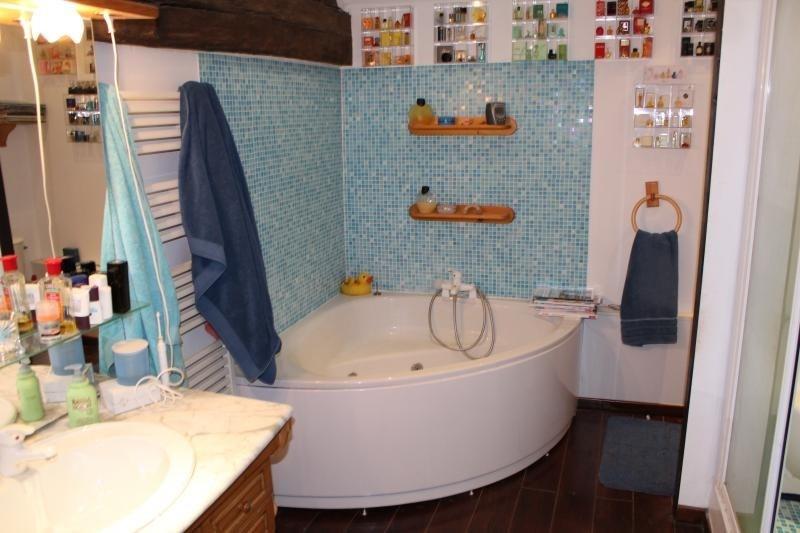 Deluxe sale house / villa Roanne 320000€ - Picture 6