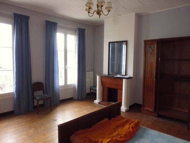 Sale house / villa Ambes 221000€ - Picture 4