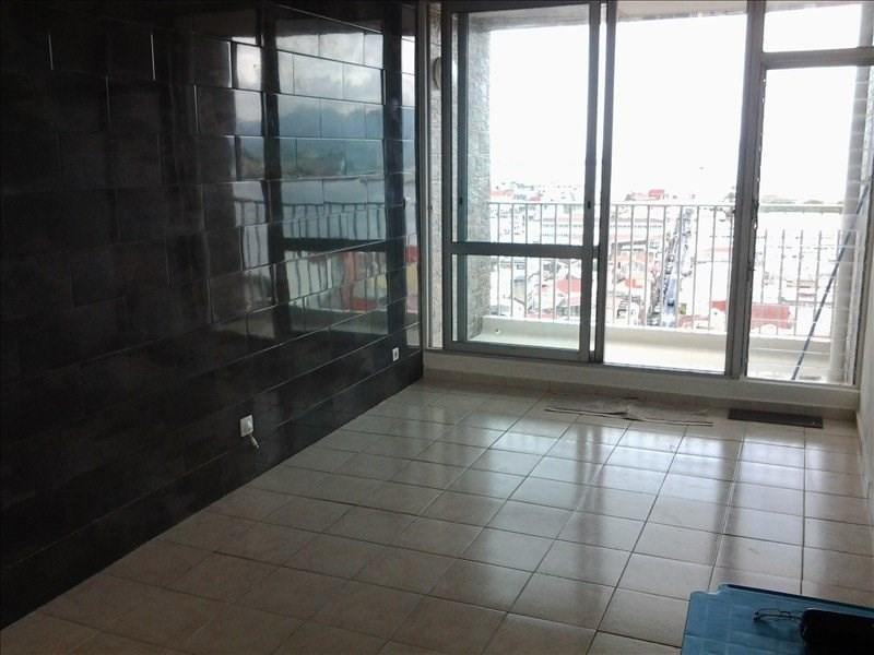 Sale apartment Pointe a pitre 85000€ - Picture 6