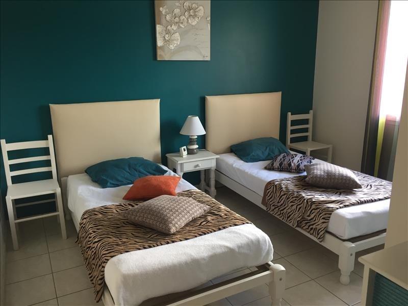 Vente maison / villa St vincent sur jard 320000€ - Photo 6