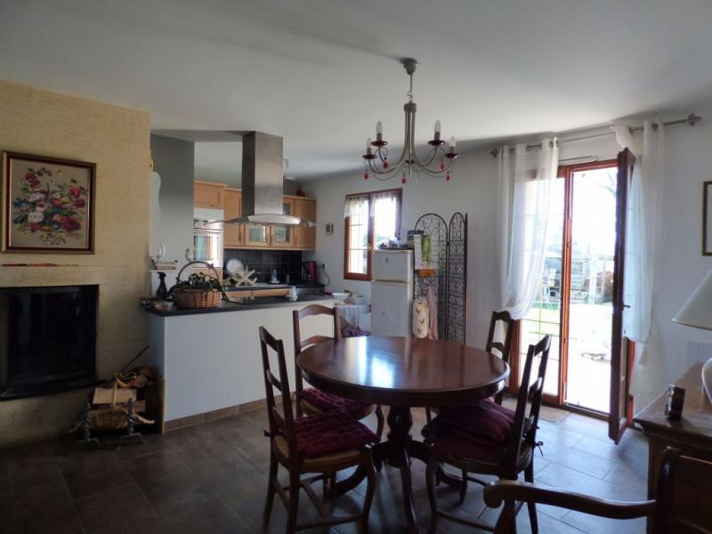 Sale house / villa Les andelys 214000€ - Picture 4