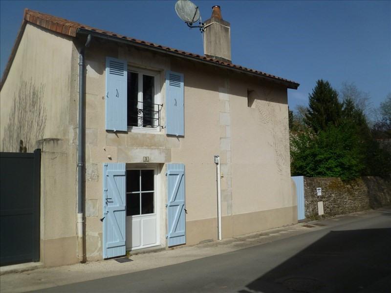 Location maison / villa Liguge 595€ CC - Photo 1