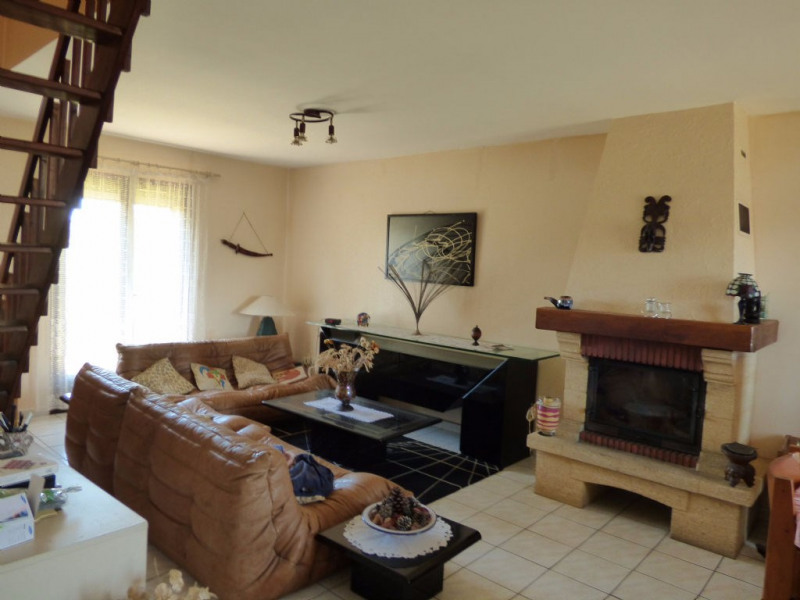 Vente maison / villa Les andelys 139000€ - Photo 2