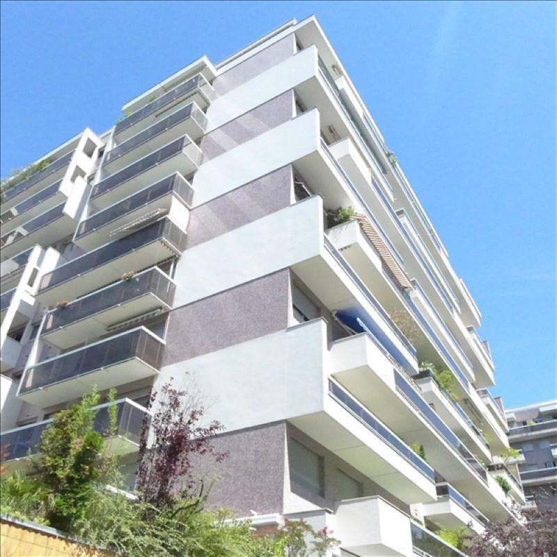 Location appartement Paris 15ème 950€ CC - Photo 2