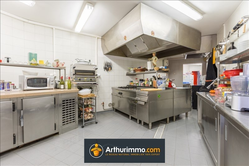 Deluxe sale house / villa Belley 684000€ - Picture 9
