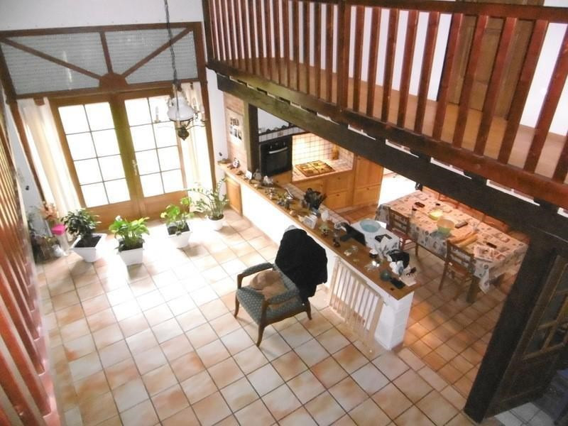 Sale house / villa Chalais 240000€ - Picture 2