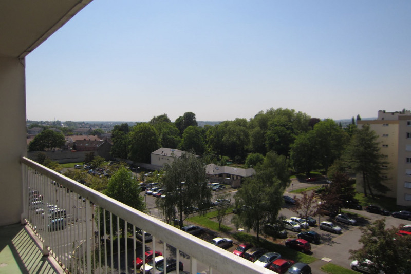 Rental apartment Chilly-mazarin 912€ CC - Picture 11