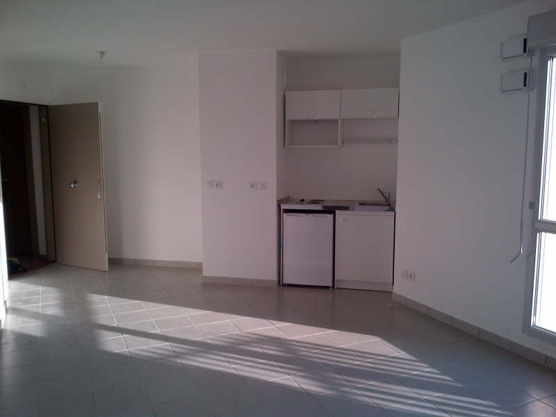 Affitto appartamento Bron 507€ CC - Fotografia 2