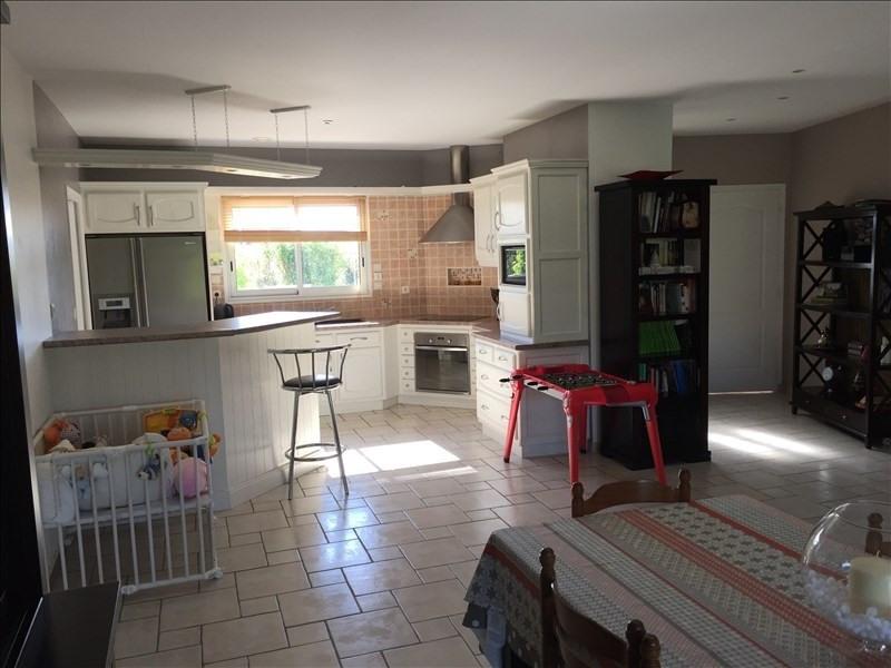 Vente maison / villa Liguge 340000€ - Photo 3