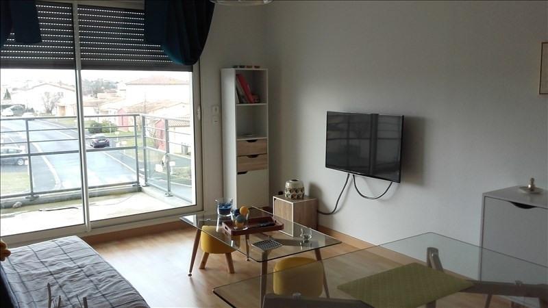 Location appartement Niort 404€ CC - Photo 1
