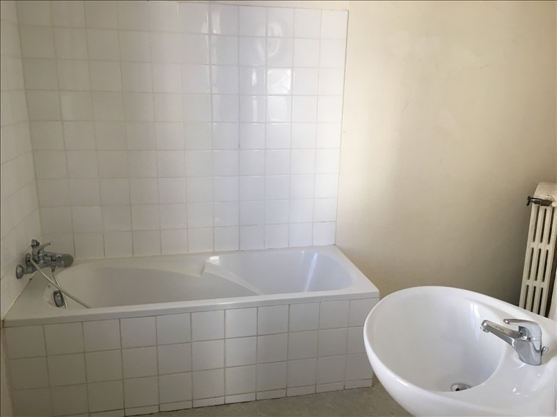Rental apartment Nimes 950€ CC - Picture 10