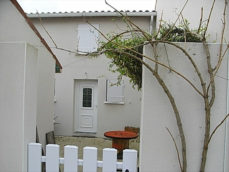 Sale house / villa Royan 143750€ - Picture 1