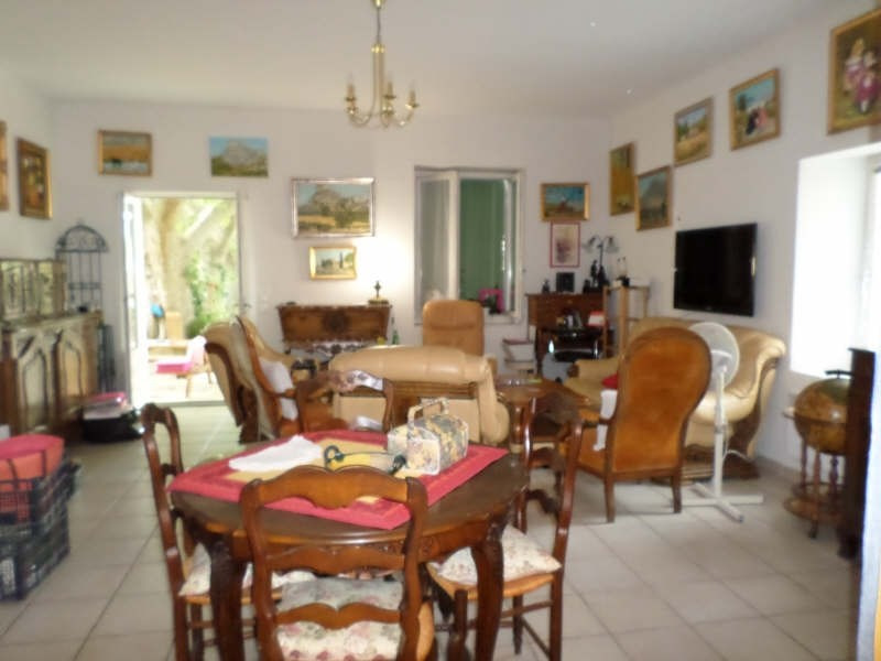 Location appartement Eyguieres 783€ CC - Photo 4