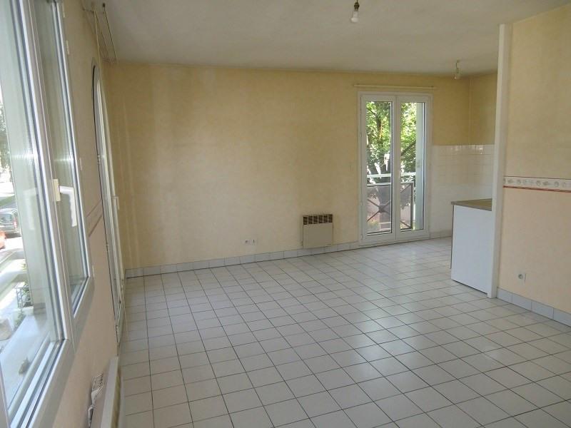 Rental apartment Aix les bains 525€ CC - Picture 4