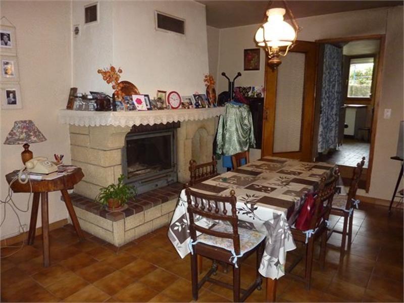 Sale house / villa Favieres 116000€ - Picture 1