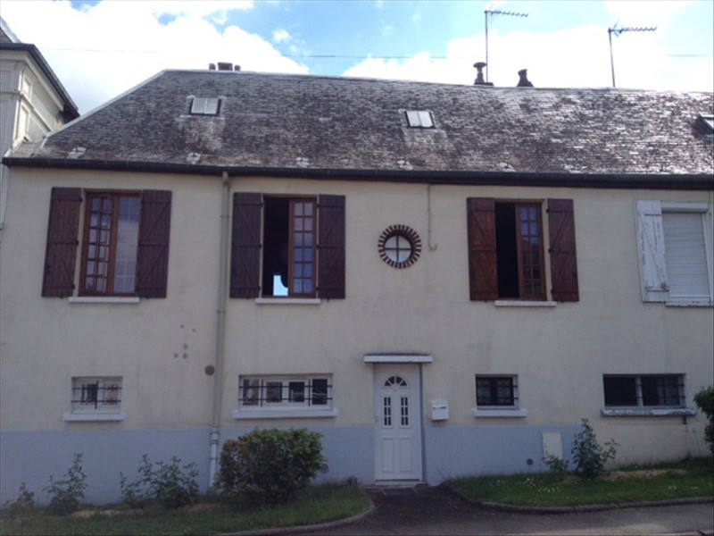 Sale house / villa Gisors 127800€ - Picture 1