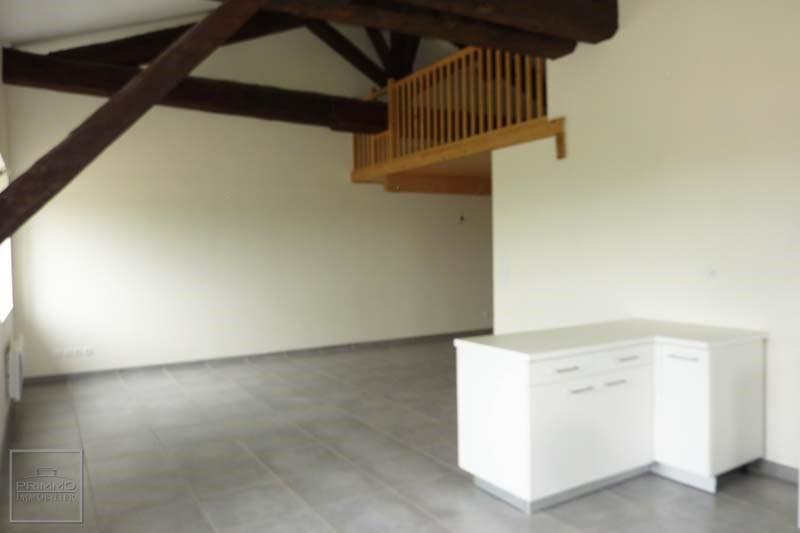 Rental apartment Lissieu 710€ CC - Picture 3