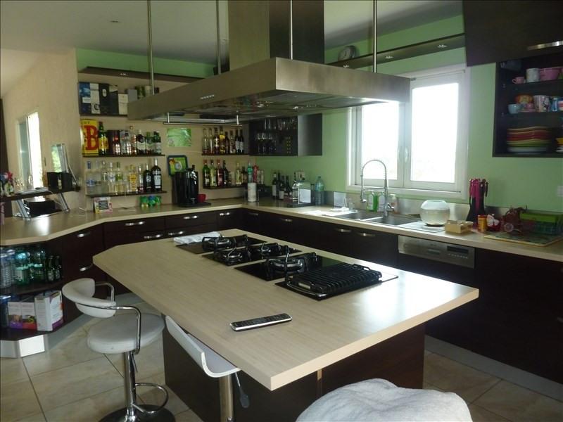 Vente de prestige maison / villa Dommartin 895000€ - Photo 4