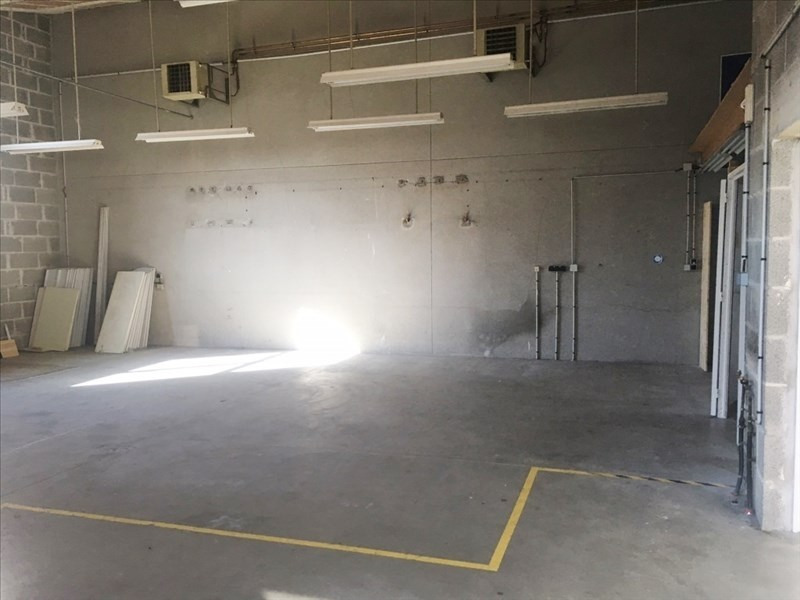 Location local commercial Fougeres 1850€ HT/HC - Photo 5