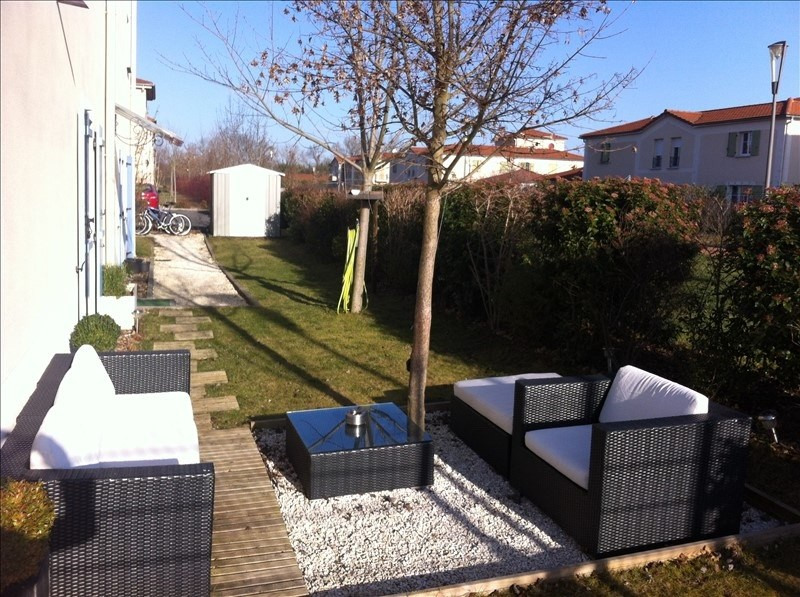 Investment property apartment Riorges 105 000€ - Picture 1