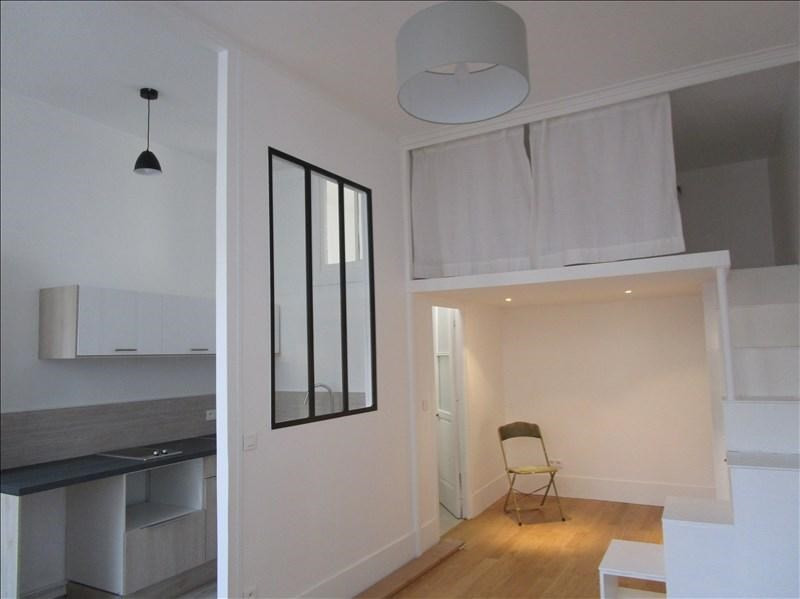 Rental apartment Versailles 850€ CC - Picture 1
