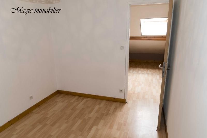 Rental apartment Nantua 381€ CC - Picture 5