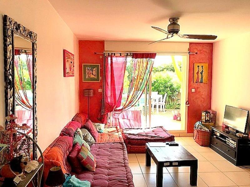 Sale apartment St gilles les bains 296500€ - Picture 2